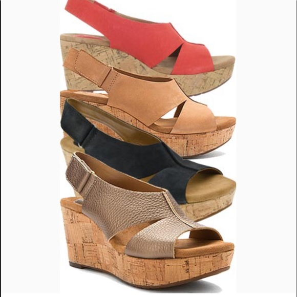 Clarks soft cushion Lizzie wedge sandals